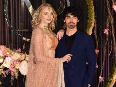 Priyanka Chopra-Nick Jonas' Reception: Sophie Turner Did House Stark Proud In A Sabyasachi <i>Lehenga</i>