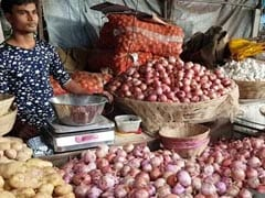 "Maharashtra Government Aid To Onion Growers A ""Cruel Joke"": Opposition"