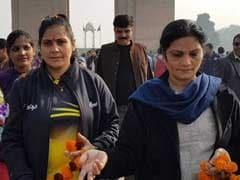 बेटियों के लिए आर्मी अफसर की पत्नी का एक और सफर