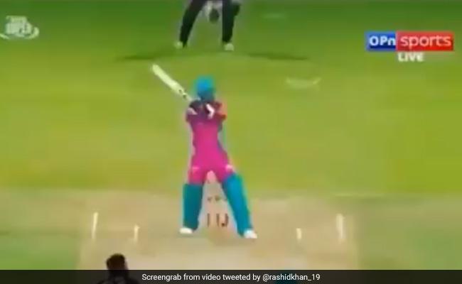 राशिद खान ने दी एमएस धोनी को टक्कर, जड़ दिया इतना लंबा हेलीकॉप्टर शॉट, देखें VIDEO