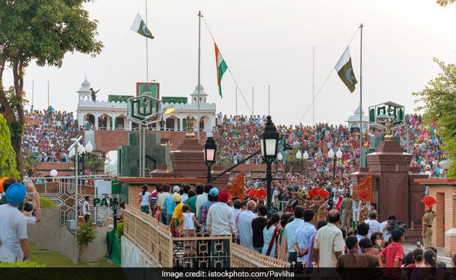 शिव अवतारी शदाराम साहिब की 310वीं जयंती मनाने 200 हिंदू तीर्थयात्री पहुंचे पाकिस्तान