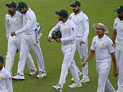 Sarfraz Ahmed Calls On Squad To Play