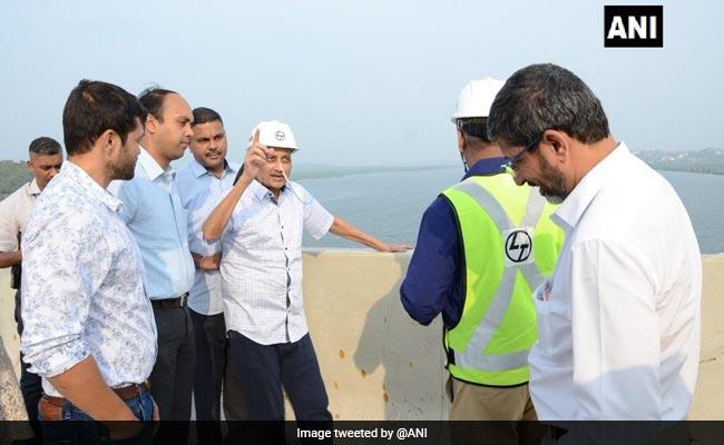 In Rare Public Appearance, Manohar Parrikar Inspects Work On Goa Bridges