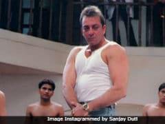 On 15 Years Of <i>Munna Bhai MBBS</i>, Sanjay Dutt Shares Old Memories And A 'Big <I>Jadoo Ki Jhappi</I>'