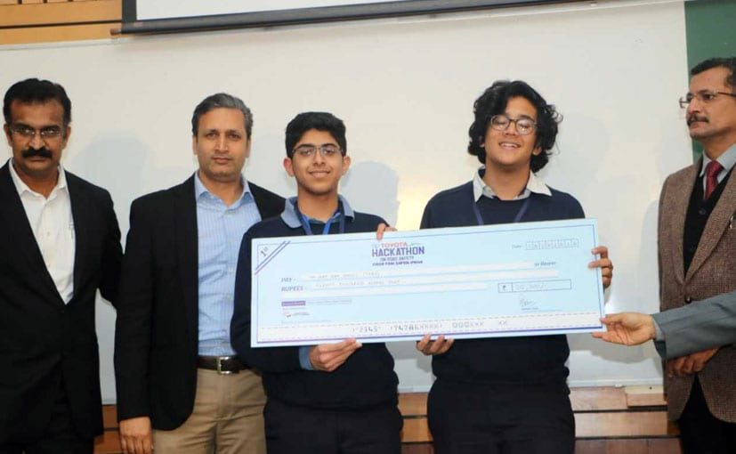 The winners of the Hackathon event at IIT Delhi.
