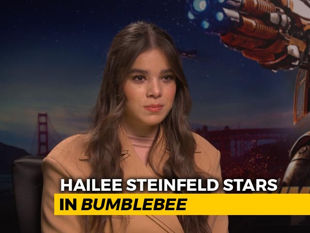 Video : Catching Up With <i>Bumblebee</i> Star Hailee Steinfeld