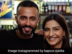 Sunita Kapoor's Post For Sonam And Anand Ahuja Will Make You Call Your Mom