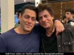 Shah Rukh And Salman Khan Revisit 'Fond Memories,' Watch <I>Karan Arjun</i> Together