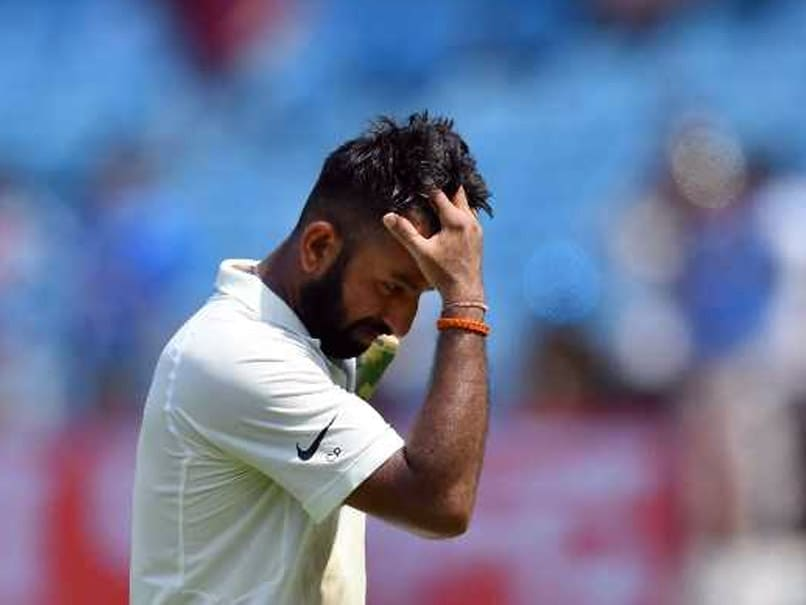 Pujara and Kohli dig in after Agarwal's debut 76