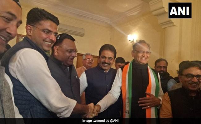 राजस्थान, MP में सीएम पर अब भी सस्पेंस, जानिये कौन है सोनिया गांधी की पसंद...