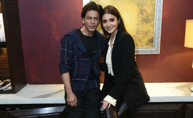 Ahead Of Zero's Release, Anushka Sharma Writes A Note For Shah Rukh Khan. His Reply Is Equally Sweet