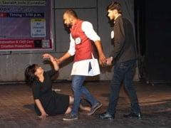 नाटक ने लोगों को झकझोराः 'रेप शर्म की बात, लेकिन लोग इसमें भी करते हैं धर्म की बात'