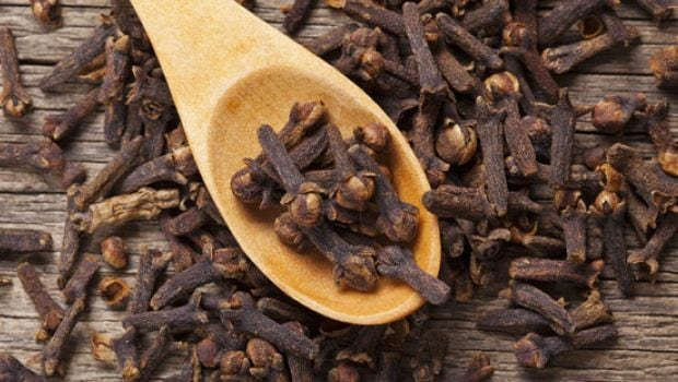 Cooking With Cloves: Here's How You Should Buy Cloves