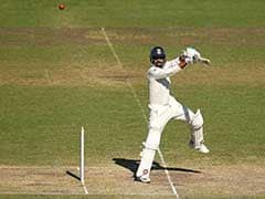 74 रन बनाकर खेल रहे थे मुरली विजय और फिर एक ही ओवर में पहुंच गए 100 रन पर, देखें VIDEO