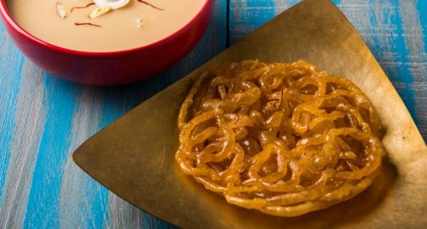 This Apple Jalebi Is Indulgence Overload! Watch How You Can Make The Dessert At Home