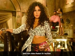 <i>Zero</i>'s <i>Husn Parcham</i>: Can't Take Our Eyes Off Katrina Kaif. Yes, Shah Rukh Khan, Song Is 'Most Sizzling'