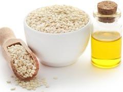 Healthy Winter Diet: सर्दियों में तिल के लड्डू खाने से शरीर को मिलते हैं, ये 4 जबरदस्त लाभ!
