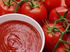 Lycopene-Rich Tomatoes Are Powerful Cancer Fighter: Health Expert Luke Coutinho Tell Us All About It