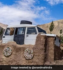 '3 Idiots' Inspiration Reveals Story Of Viral 'Jeep-Roof' Pic