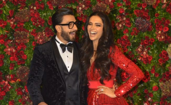 Stop Everything. Pics From Deepika Padukone And Ranveer Singh's Mumbai Reception Are Here