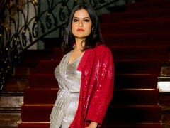 Sona Mohapatra Calls Sonu Nigam Out After He Dismisses Her Tweets As 'Vomiting'