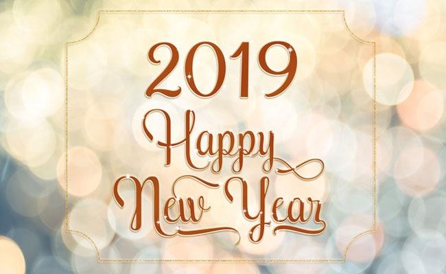 नए साल 2019 के लिए  WhatsApp और Facebook के Status, अब इस अंदाज़ में करें New Year को सेलिब्रेट
