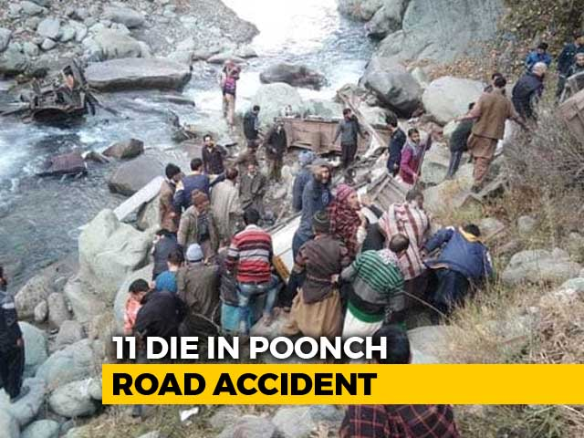 Video : 11 Killed After Bus Falls Into Gorge In Jammu And Kashmir
