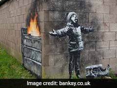 Banksy Gifts Welsh Steel Town A White Christmas Attraction