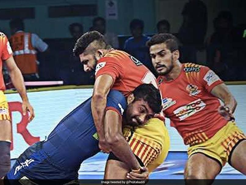 Pro Kabaddi League: Gujarat Fortunegiants Beat Haryana Steelers, Bengaluru Bulls Crush Telugu Titans
