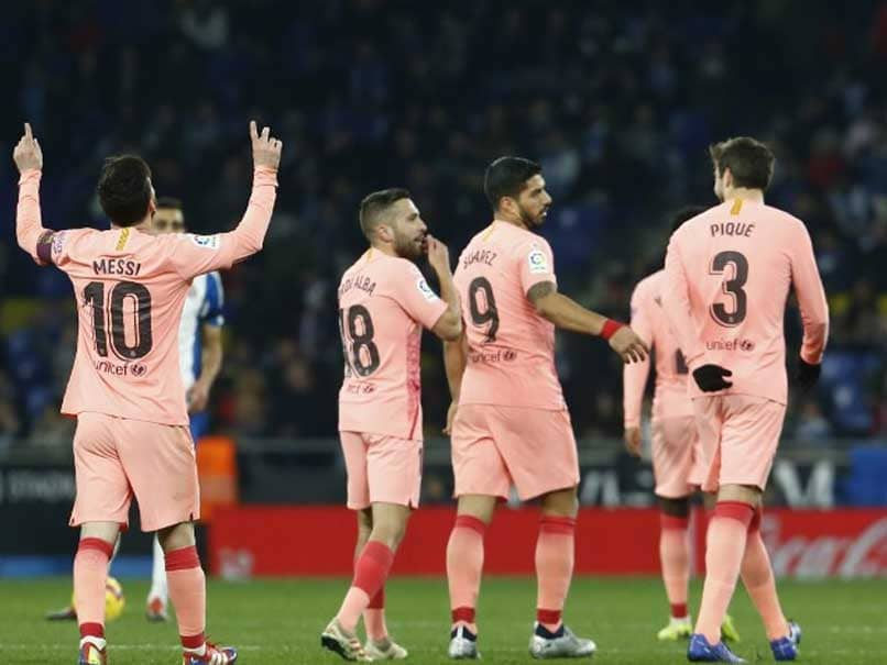 Lionel Messis Free-Kick Magic Keeps Barcelona On Top