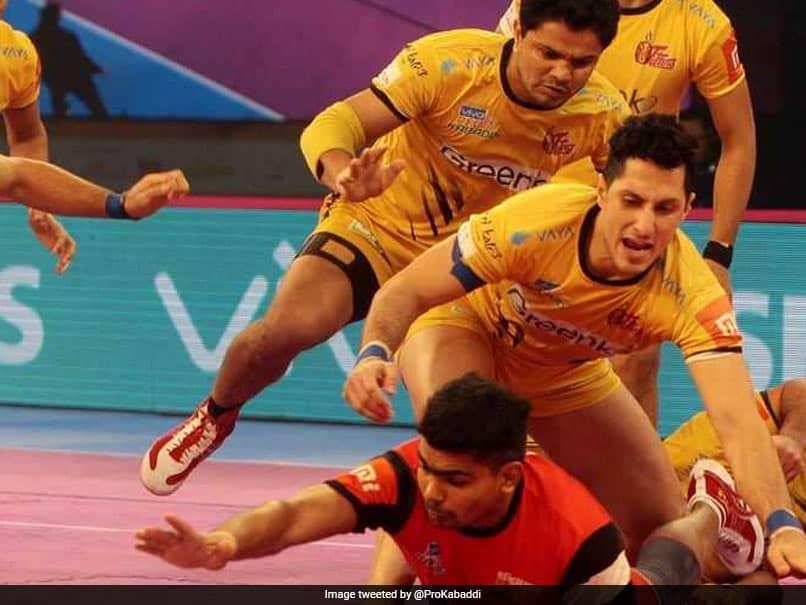 Pro Kabaddi League: Bengaluru Bulls Beat Telugu Titans, Enter Play-Offs