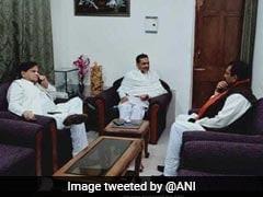 महागठबंधन की कवायद तेज: कांग्रेस नेता अहमद पटेल ने रालोसपा प्रमुख उपेन्द्र कुशवाहा से मुलाकात की