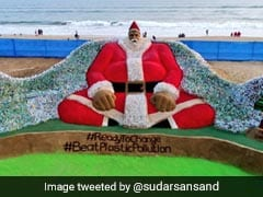 Sudarsan Pattnaik Creates Santa Sculpture With 10,000 Plastic Bottles