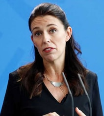 Emotional New Zealand PM Apologises Over Backpacker's Murder