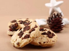 Watch: How To Make Chocolate Fudge Cookies For Your Intense Chocolate Cravings