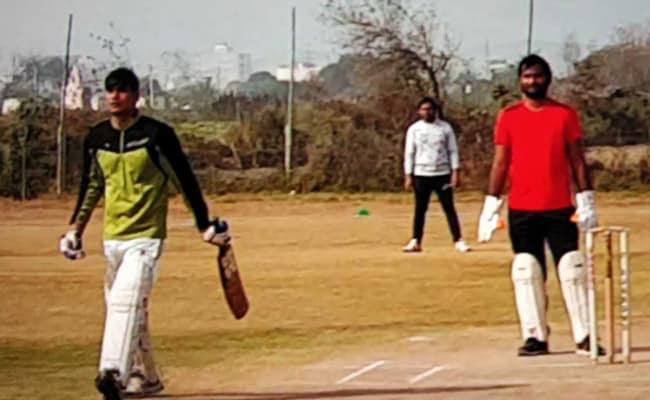 खेती नहीं खेल का मैदान: सिर्फ क्रिकेटरों को ही नहीं, यहां किसानों को भी खूब भा रहा क्रिकेट...