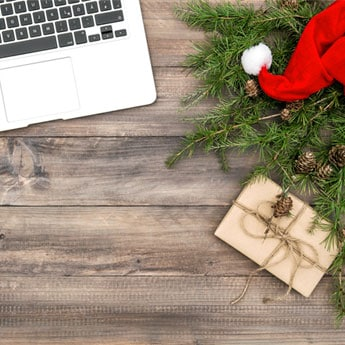 5 Things You Can Use To Decorate Your Work Desk For Christmas