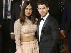 Isha Ambani Wedding: ईशा की शादी में निक के साथ पहुंचीं प्रियंका, लाल साड़ी में दिखीं ऐश्वर्या- देखें Video