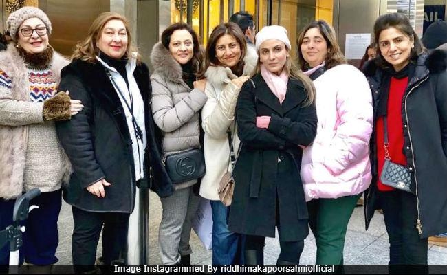 Inside Neetu Kapoor And Daughter Riddhima Kapoor Sahni's Famjam In New York