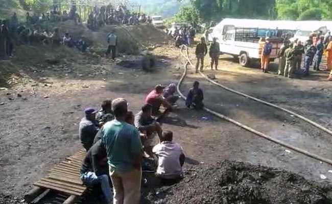 मेघालय: दो सप्ताह से खदान में फंसे हैं 15 मजदूर, अभी तक नहीं हो पाया कोई संपर्क, बढ़ रहे पानी की वजह से रोकना पड़ा बचाव कार्य