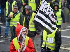 France's Yellow Vest Protests Target Borders Ahead Of Christmas
