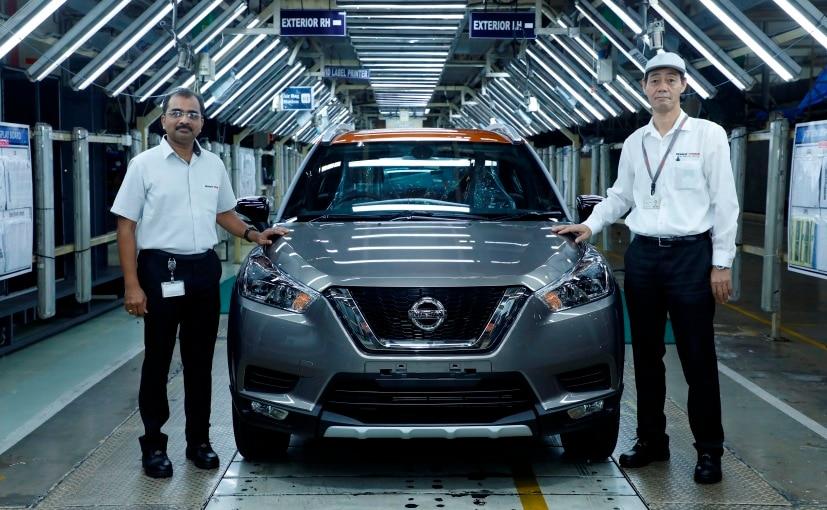 Biju Balendran MD & CEO (left) and Takashi Hashimoto SVP (right) with the new Nissan Kicks