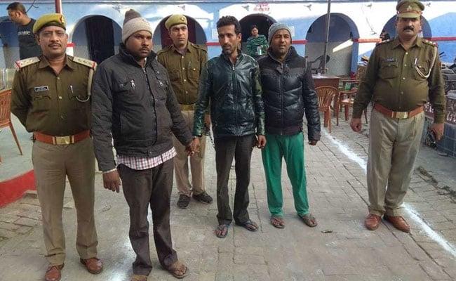 बुलंदशहर गोकशी मामले में 4 निर्दोषों को यूपी पुलिस ने पकड़ा, 17 दिन रहना पड़ा जेल, अब हुई असल गिरफ्तारी