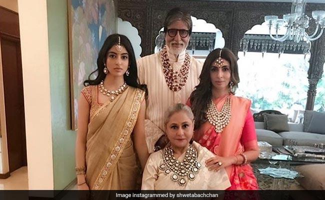 The Bachchans Are A Stylish Lot. Just Look At This Pic Of Navya Naveli Nanda, Shweta, Jaya And Amitabh Bachchan - NDTV News