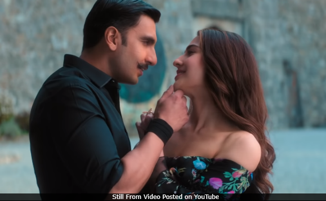 Simmba Song Tere Bin: Ranveer Singh And Sara Ali Khan's Romance Is On Point