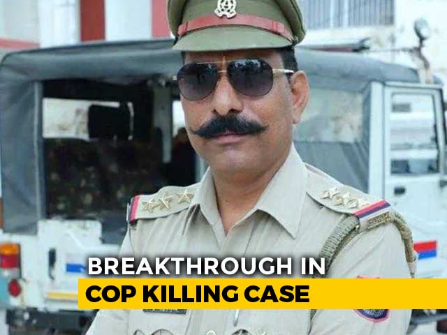 Video : UP Cop Attacked With Axe, Stones, Dragged Before He Was Shot Dead: Police