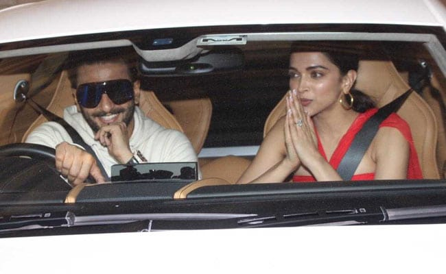 Deepika Padukone, Ranveer Singh, Katrina Kaif And Others Attend Zoya Akhtar's Christmas Party. See Pics