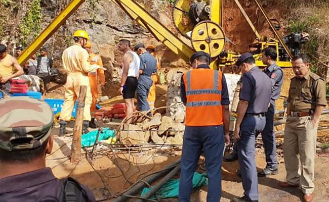 Authorities Temporarily Suspend Operations To Rescue Meghalaya Miners