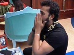Bigg Boss 12: सुरभि राणा ने फिर बदला रंग, श्रीसंत से बोलीं- 'थोबड़े के साथ दिमाग का भी मेकअप होता तो...';  देखें Video