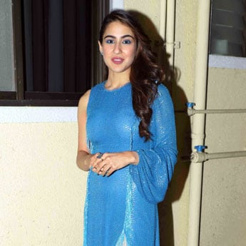 Like Sara Ali Khan, Add A Vibrant Pop To Your Lashes With 6 Blue Mascaras